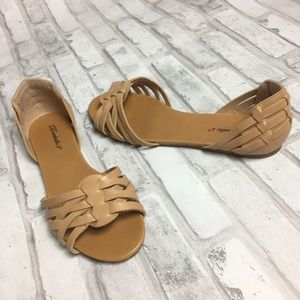 Breckelles Camel Open Toe Slip On Sandal SZ 10